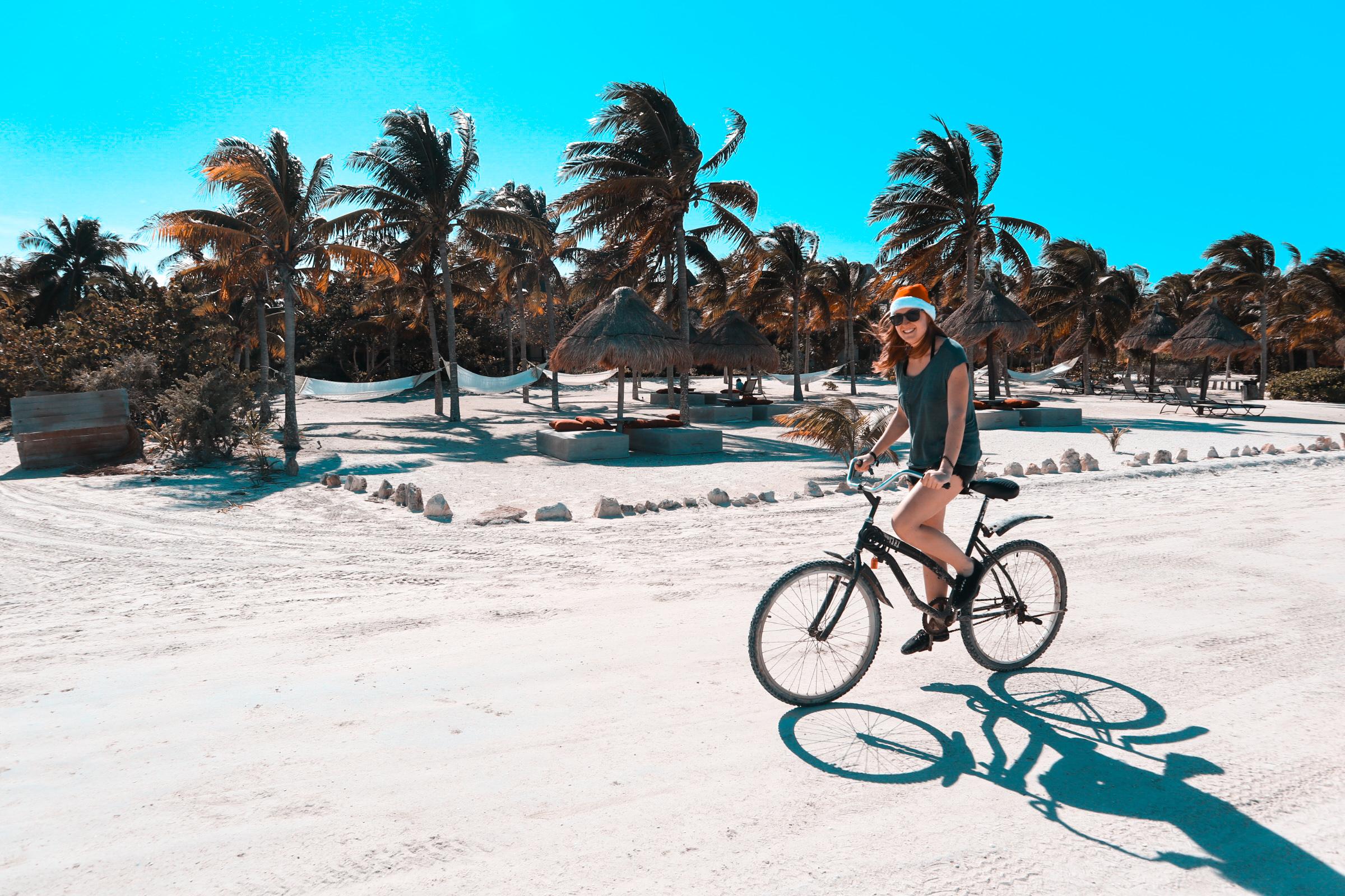 Holbox - Biking